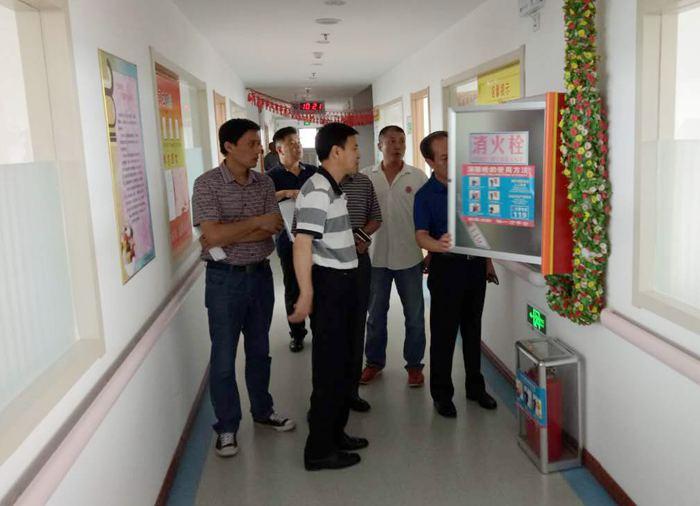 8月18日上午,青岛市民政局与城阳区民政局领导来到城阳德康